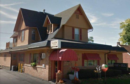 The Nest Egg Home Decor & Gifts, Beloit Wisconsin