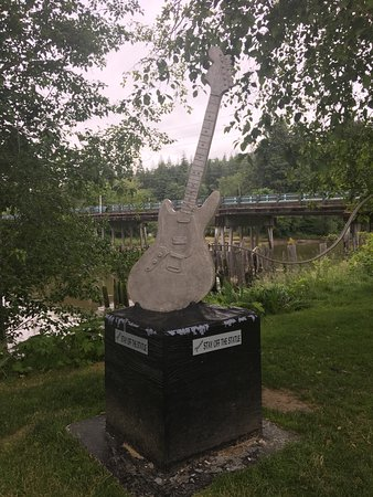 Kurt Cobain Memorial Park: photo3.jpg