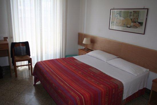 Hotel Ariston : Literie confortable.