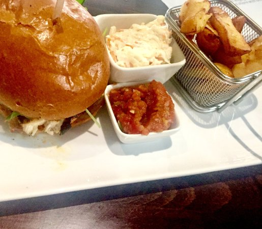 Walkington, UK: The Chicken Burger was huge! and actual, freshly grilled marinated chicken breast. Perfect!