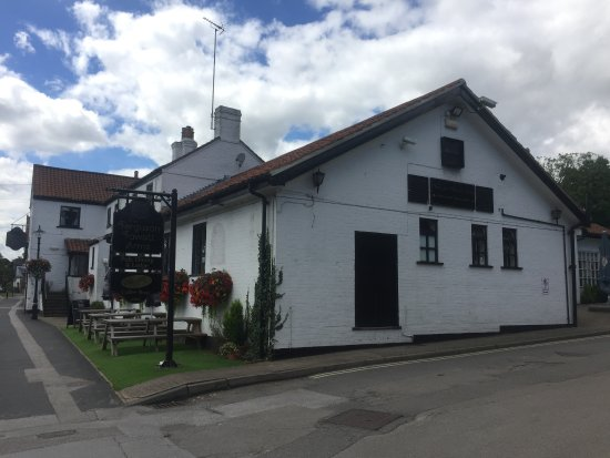 Walkington, UK: It might just look like a pub... But it has a country lodge accommodation, cafe and restaurant!!