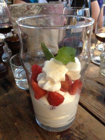 Jouy en Josas, Francia: Dessert