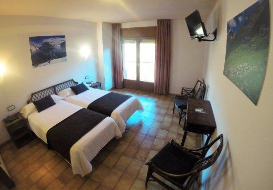 Marco polo hotel la massana andorra opiniones for Habitaciones familiares andorra