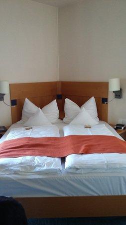 Hotel Kronprinz Photo
