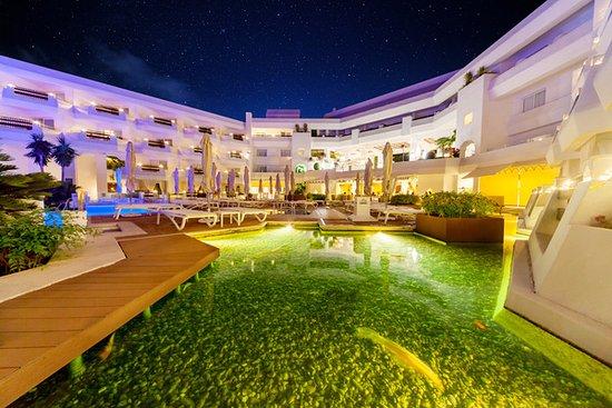 伊波羅之星馬貝拉珊瑚海灘酒店照片