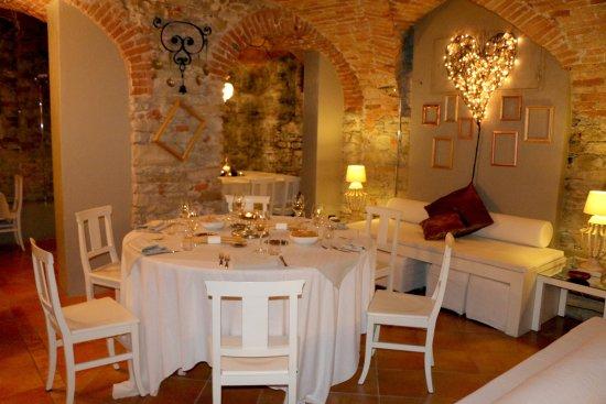 Melazzo, Italia: i tavoli ottimo servizio