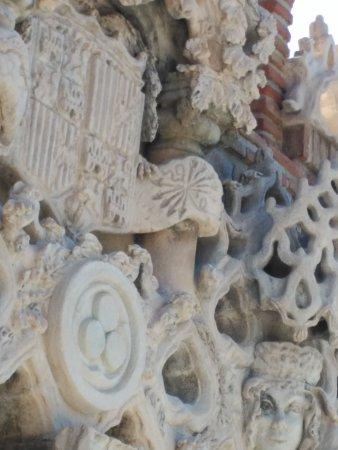 Castillo de Colomares: IMG_20170708_105140_large.jpg