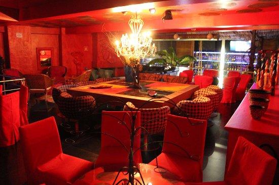 Romanza Bar