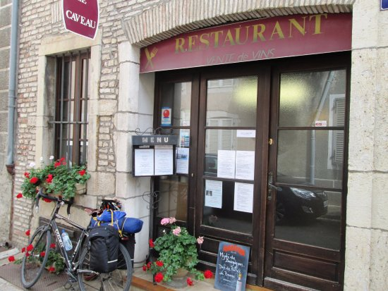 Le Caveau de Verdun: Easily missed - don't :-)