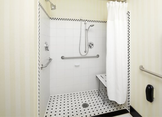 Cumberland, Maryland: Accessible Guest Bathroom - Roll-In Shower