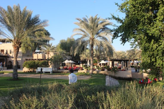 Bab Al Shams Desert Resort & Spa: gardens