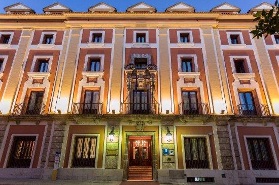 Hotel Los Jandalos Jerez: Fachada edificio principal