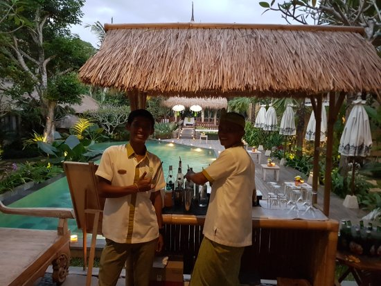 The Boys making cocktails