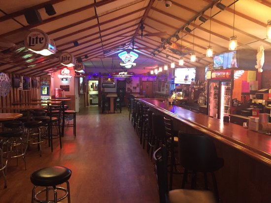 No Name Saloon & Monkey Bar