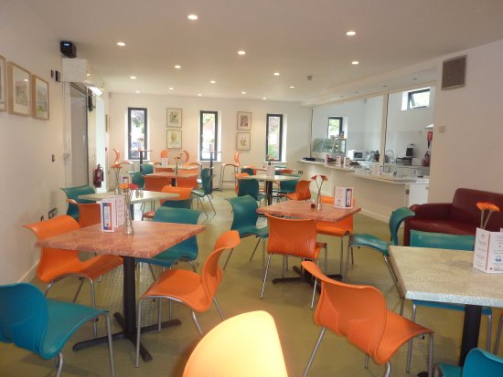 Patchway, UK: inside the cafe