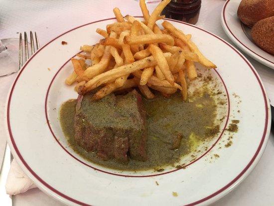 Le Relais de Venise: Steak and Frits
