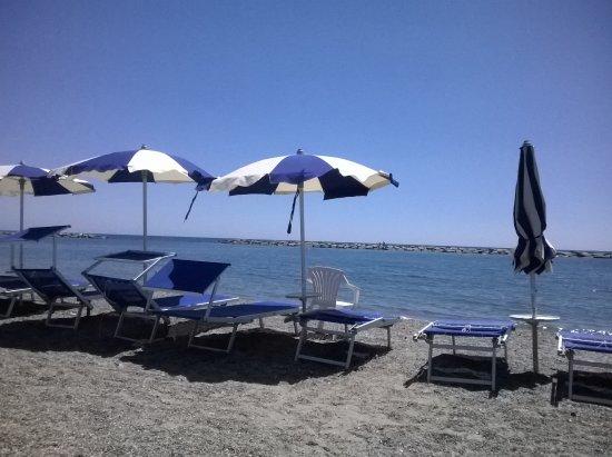spiaggia di San Bartolomeo al Mare