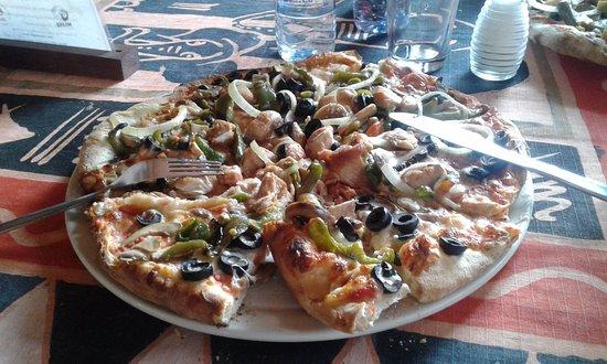 Superior Olgau0027s   The Italian Corner: Pizza At Olgau0027s Restaurant