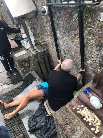 Графство Корк, Ирландия: Kissing the Blarney Stone