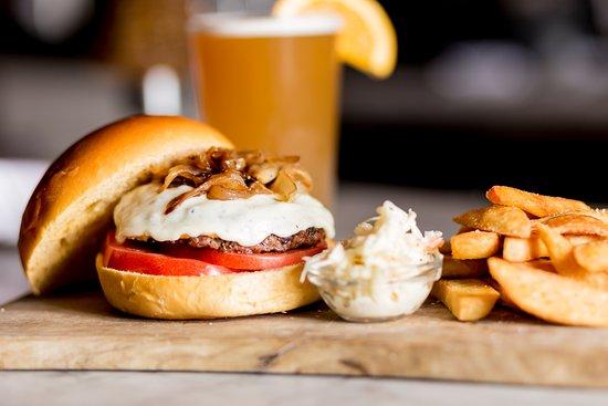 Armonk, Estado de Nueva York: Burger & fries