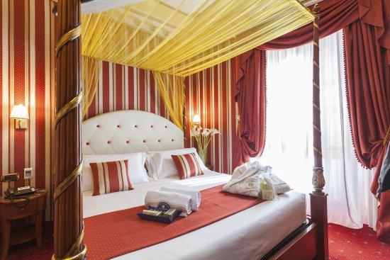 Hotel Manfredi Suite in Rome: Camera Suite
