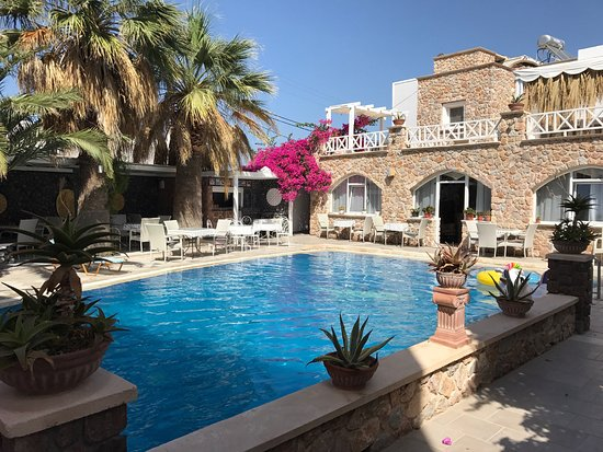 Atalos Apartments & Suites: photo0.jpg