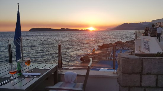 Importanne Resort Dubrovnik: Sunset view from an amazing, romantic dinner at Neptune Terrace