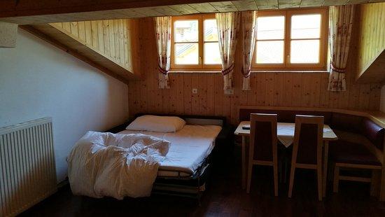 Pension Edelweiss: Küche / Wohnzimmer