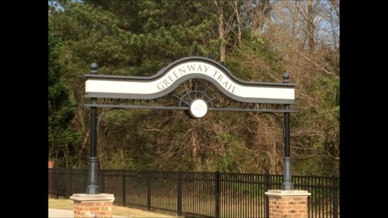 Lilburn, GA: Trail Entrance