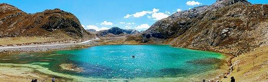 Canta, Perú: Laguna de la Viuda - Laguna de 8 colores