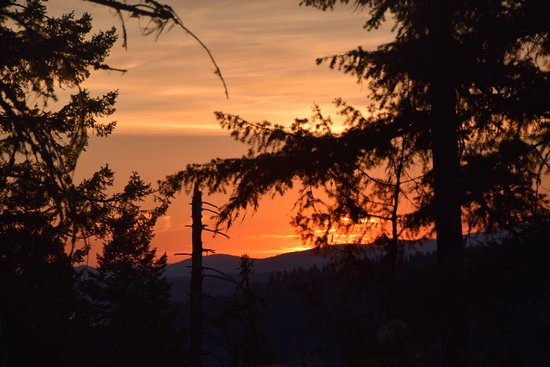 Coeur d'Alene, ID: View of the sun setting from the top.