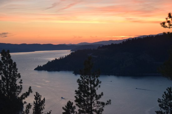 Mineral Ridge National Recreation Trail: View of Lake Coeur D'Alene