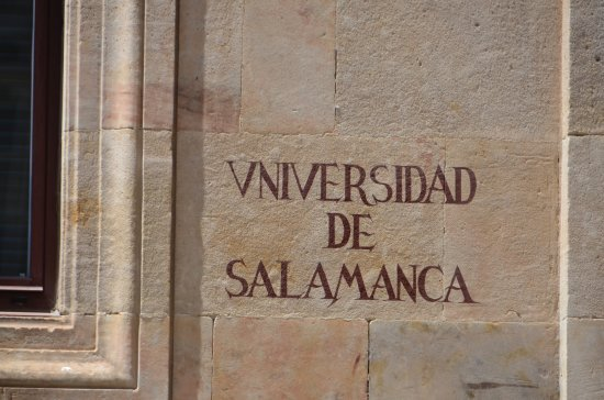 Clarion Hotel Sign: Universidad de Salamanca