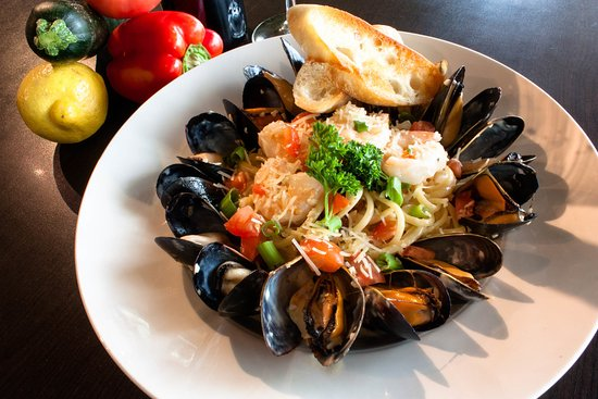Mission, Canadá: Mussels and Prawn Linguini