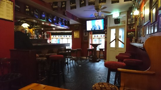 Miltown Malbay, Ireland: O'Loughlin's