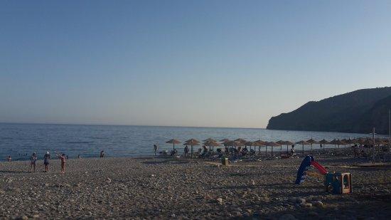 Sougia, Greece: Strandsicht von der Terrasse des Oceanis
