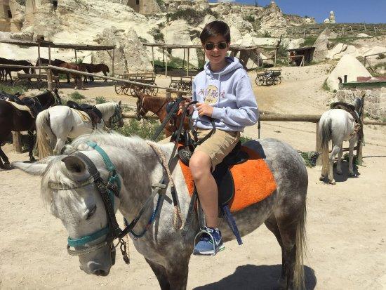 Cappadocia Castle Cave Hotel: photo1.jpg