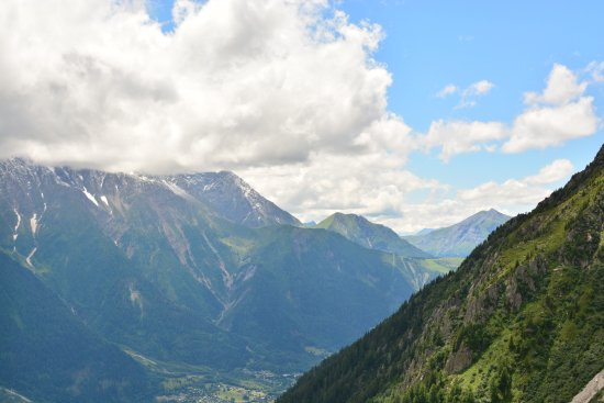 Fly Chamonix - Tandem Paragliding : View into the valley