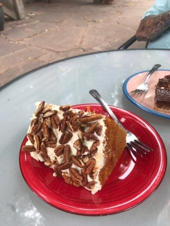 Farmhouse Cafe and Bakery: photo0.jpg