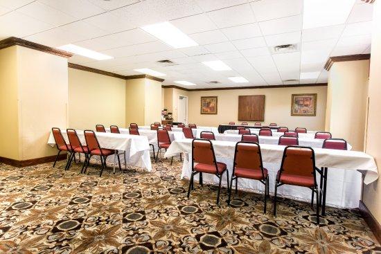 Grand Plaza Hotel Branson: Montclair Conference Room