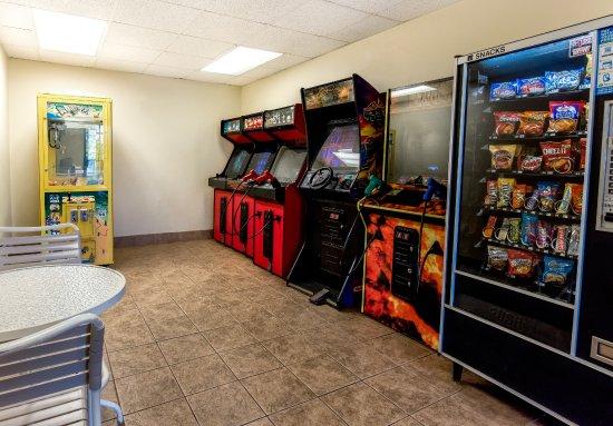 جراند بلازا هوتل برانسون: Game Room