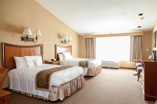 Red Jacket Mountain View Resort & Water Park: Guest room with two beds