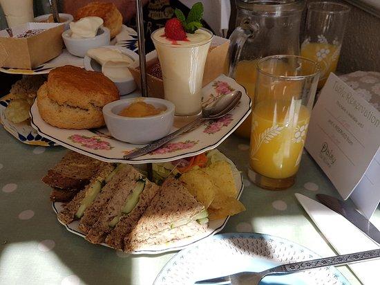 Daisy Tea Rooms : 20170708_120259_large.jpg