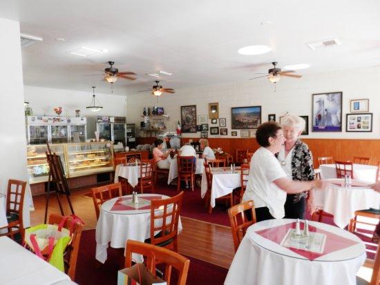 Fair Oaks, CA: Dining area