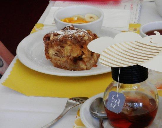 Fair Oaks, CA: bread pudding & fruit & tea