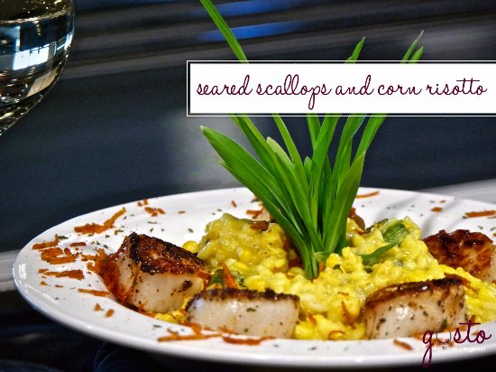 Waverly, Αϊόβα: Seared Scallops and Corn Risotto