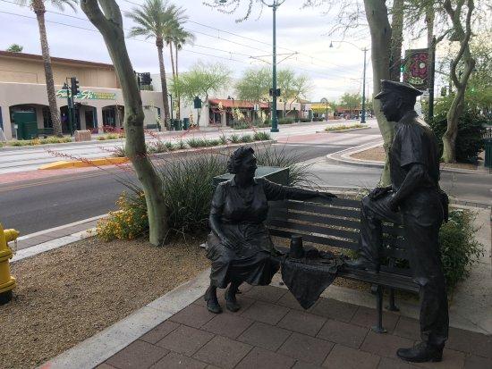 Phoenix Marriott Mesa: Main Street, Nearby Mesa shopping and dining