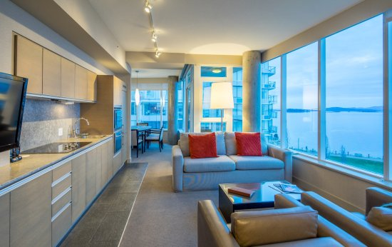 The Sidney Pier Hotel & Spa: The Signature Pier One Bedroom Suite