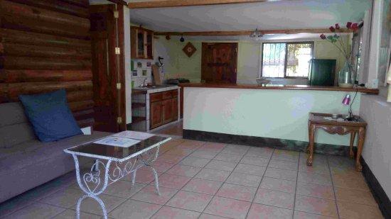Jinotepe, نيكاراجوا: Salon du bungalow Ginger