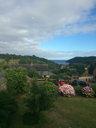 Coombe House Bed And Breakfast Cawsand